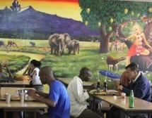 """El restaurante """"Jagannatha"""" de Nairobi hace accesible el prasadam a todos…"""