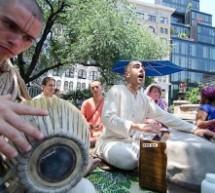 El nuevo Ashram de Harinama de New York  trae el Maha-Mantra a las calles