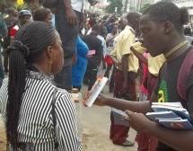 Libros de Prabhupada Se venden en librerías y Stands de Nigeria