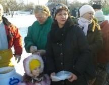 Guerra en Ucrania, heroicos devotos distribuyen alimentos prasadam
