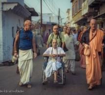 Rasada prabhu ACBSP deja el mundo en Vrindaban
