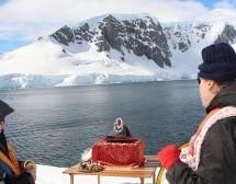 Hasta los Confines del Mundo, Srila Prabhupada en la Antártida