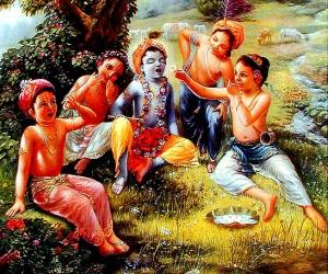 Los amigos de Krishna jugándole una broma...