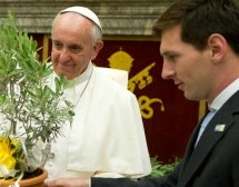 Por la Paz: Messi jugará un partido interreligioso a pedido del Papa