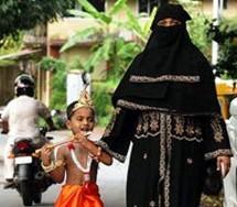El Nacimiento de Krishna es festejado en una Comunidad Musulmana.