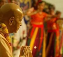 Noticias del mundo:  Devotos Hare Krishna desfilan en Milán