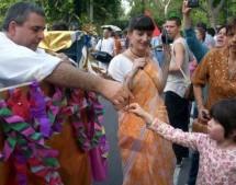 """Diario de Argentina """"Los Hare Krishna: portadores de una alegría diferente"""""""
