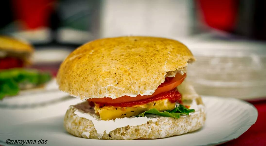 La hamburguesa hecha con requesón fresco de Nueva Talavana