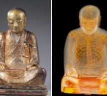 Descubren una momia en el interior de una estatua