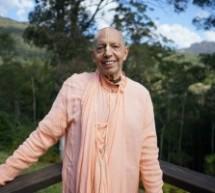 """Último Momento: """"Devotos De todo el Mundo Oran por Mukunda Goswami Después de la cirugía de triple bypass"""""""