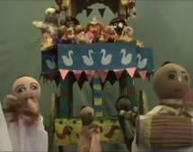 Alumnos primarios producen un Show de marionetas sobre Srila Prabhupada.