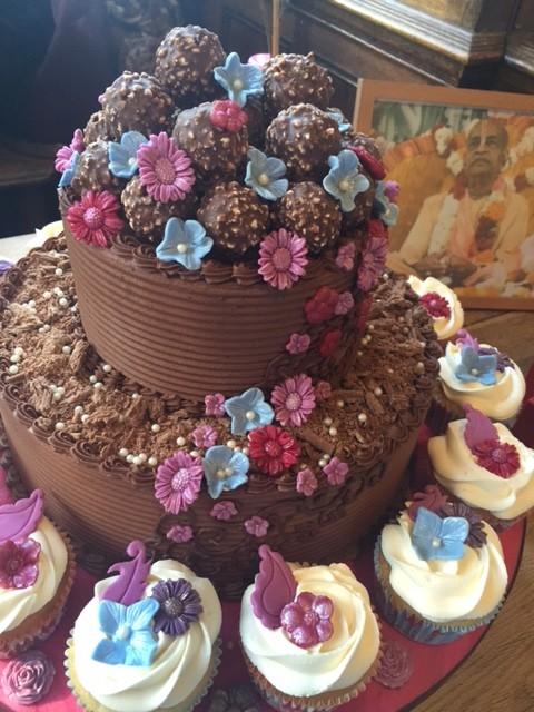 Torta de chocolate hecha para la caridad